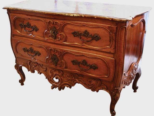 Antiquités et meubles anciens : suivez la tendance