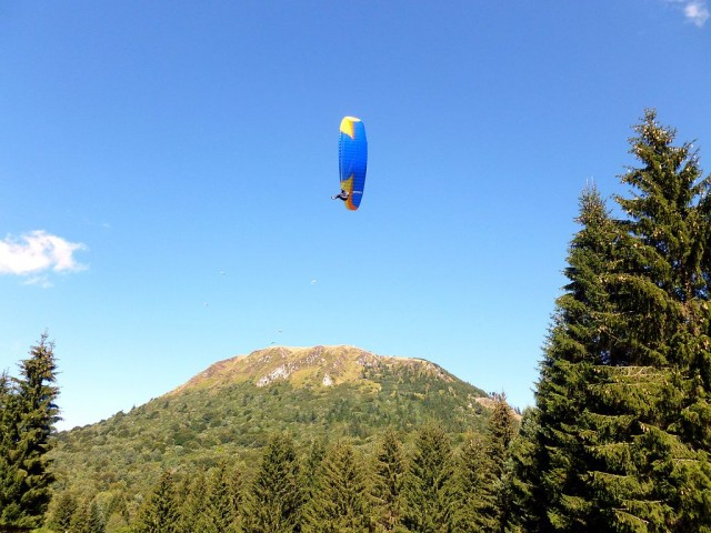 Vacances en Auvergne : trouvez un hébergement et gîte de groupe