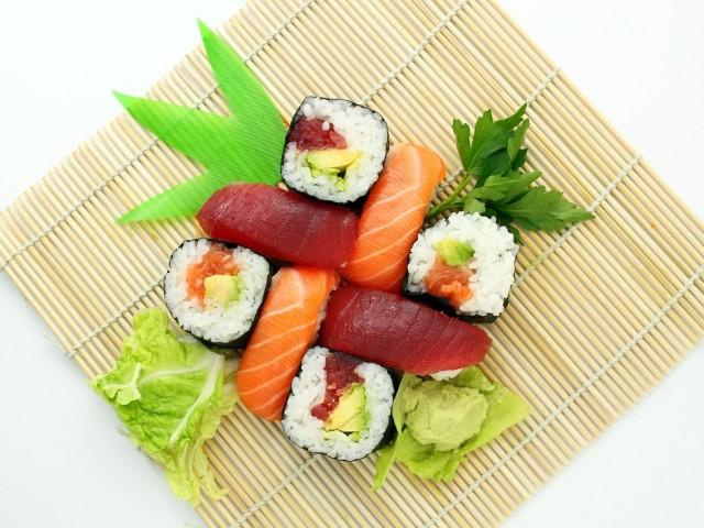 Les sushis : une recette facile pour cuisiner en famille