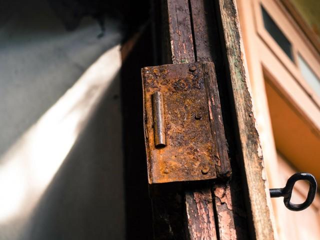 Une porte blindée pour protéger votre cave