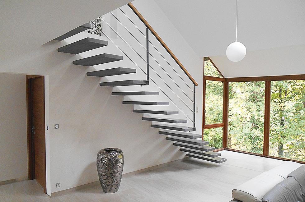 comment choisir son escalier en bois comment choisir son escalier en b ton bon plan maison. Black Bedroom Furniture Sets. Home Design Ideas