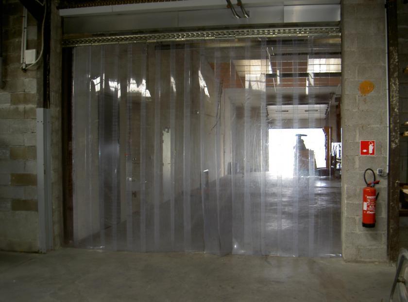 rideau de chambre froide en plastique rideaux industriels. Black Bedroom Furniture Sets. Home Design Ideas