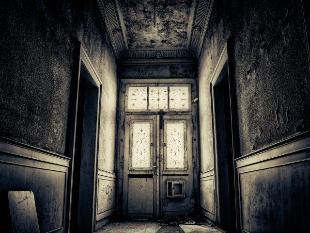 Comment embellir un couloir sombre ?