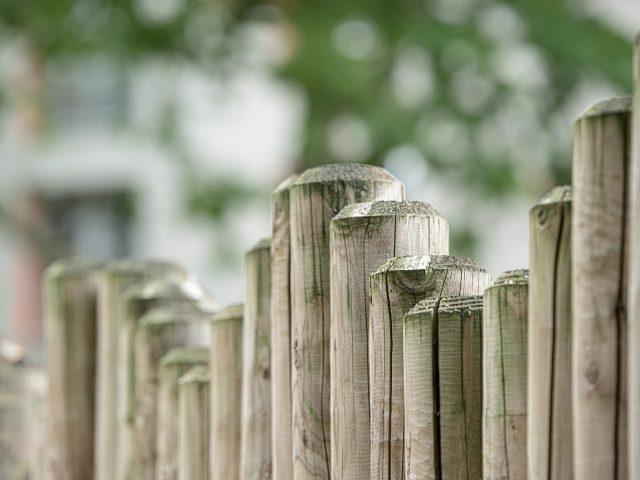 Des clôtures de jardin DIY